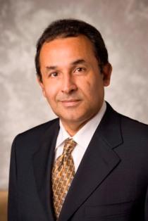 Carlos M Valentin